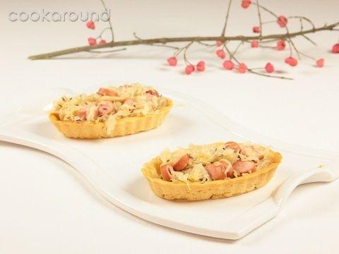 Barchette di crauti e wurstel: Ricette di Cookaround | Cookaround