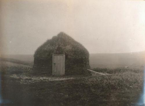 "dame-de-pique: ""  Edward S. Curtis - A Barabara, a Traditional Aleut Dwelling, on Saint Paul Island in the Pribilof Islands, Bering Sea, Alaska. July 9, 1899 """
