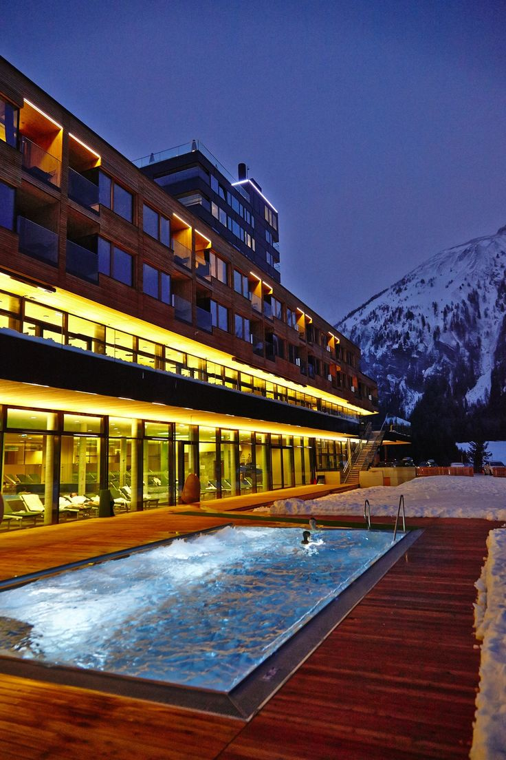 Gradonna mountain resort design hotel austria http for Design hotel wien