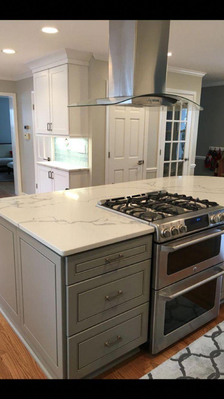Avouez Vous Que Le Remodelage De La Cuisine N Est Pas Un Simple Faites Le Vous Meme Kitchen Remodel Small Kitchen Layouts With Island Budget Kitchen Remodel