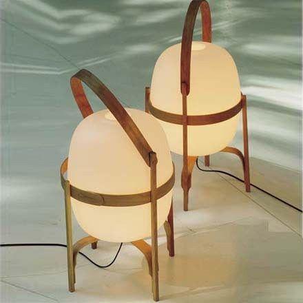 Santa Cole Cesta lamp. Design from Miguel Milá (1962)