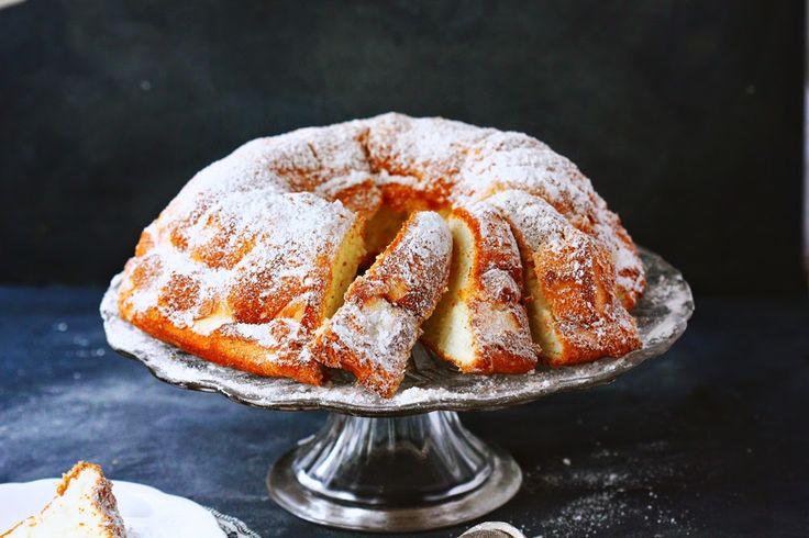 BAYADERKA : Angel Food Cake- anielskie ciasto na białkach