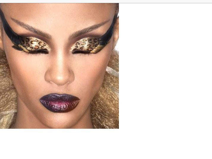 Not the wings ... Just the gold and dark lips