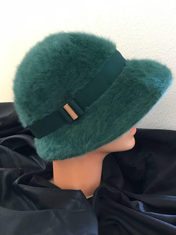 Vintage Kangol Green Furgora Cloche Winter Hat d6a0a9a7e2bb