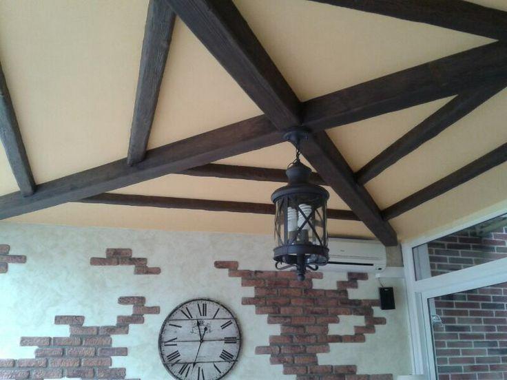 Vigas de imitación madera. wwww.paratureforma.com https://www.facebook.com/ParaTuReforma/photos/pcb.657329047673858/657326864340743/?type=1&theater