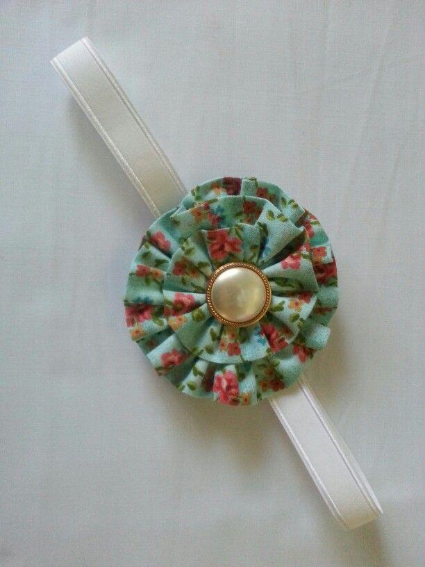 Sweet little headband, size is 6 month plus. Price $6 plus post.