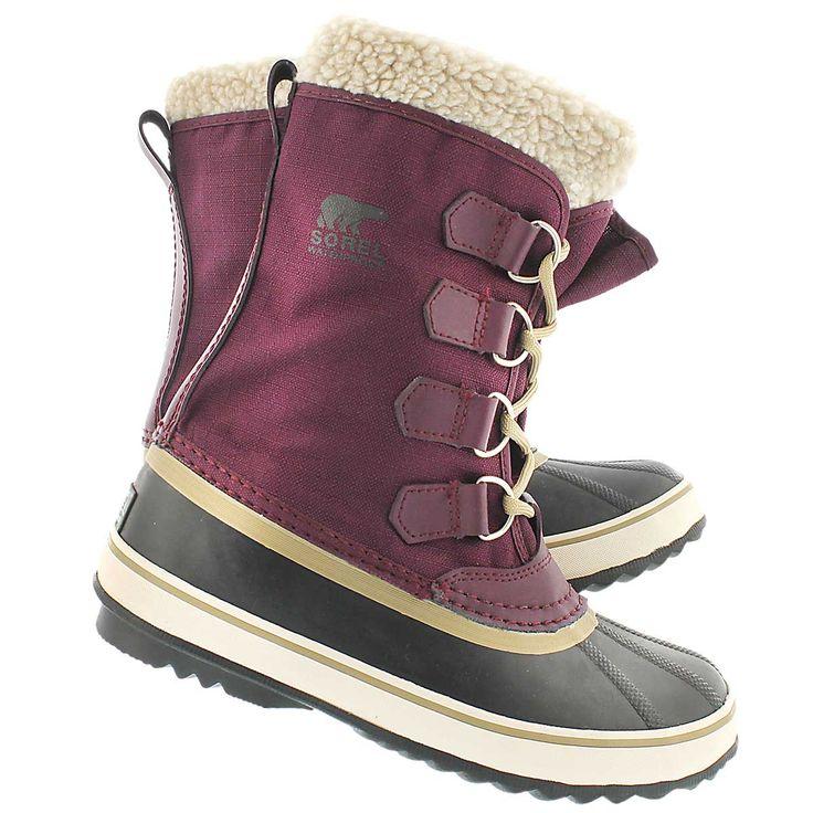 Sorel Women's WINTER CARNIVAL purple winter boots 1308911-562