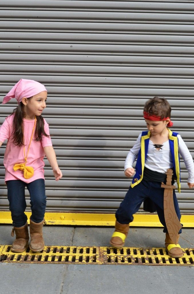 DIY Jake and The Never Land Pirates Costume | MarinoBambinos #diypiratecostumefo…