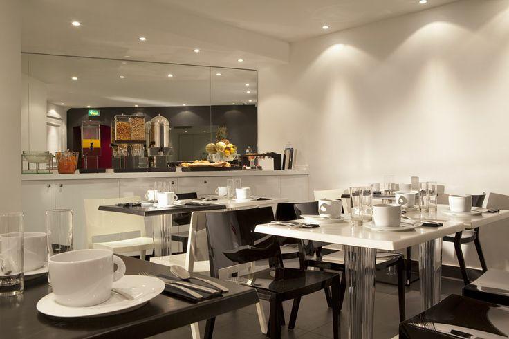 First Hotel Paris (Maranatha Hotels) - Salle du petit-déjeuner _ Breakfast Room