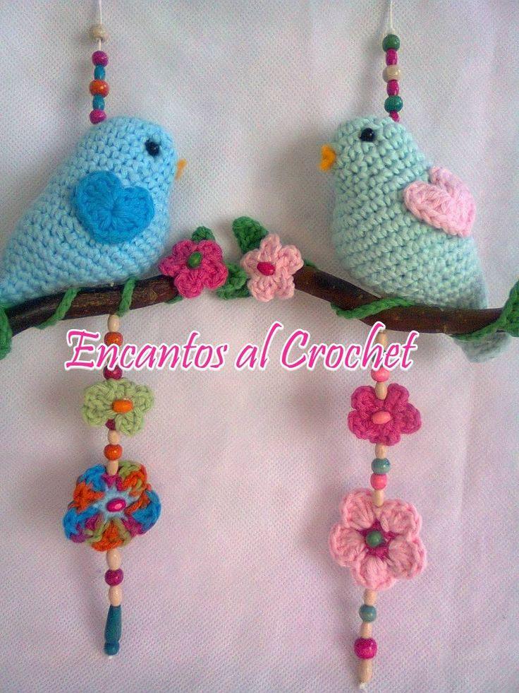Colgante Pajarito Con Rama Encantos Al Crochet - $ 110,00