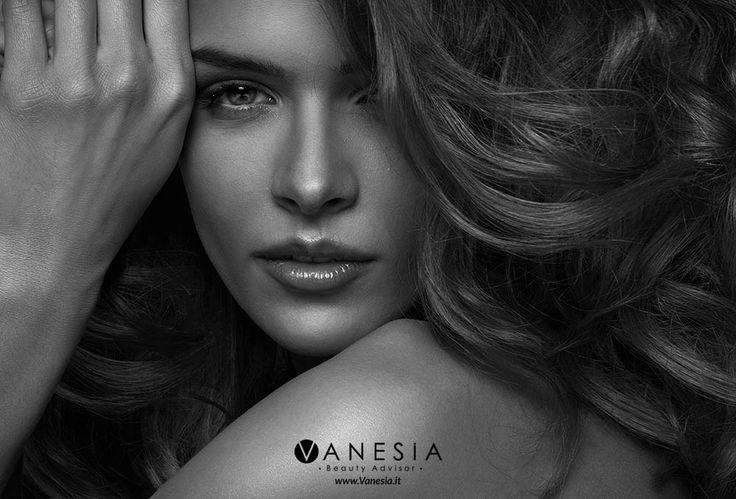 Vuoi una chioma lucente, ristrutturata a effetto #filler fino a 6 settimane? In questo #tutorial, ti spieghiamo qualche segreto indispensabile. #tutorial #capelli #filler #hair