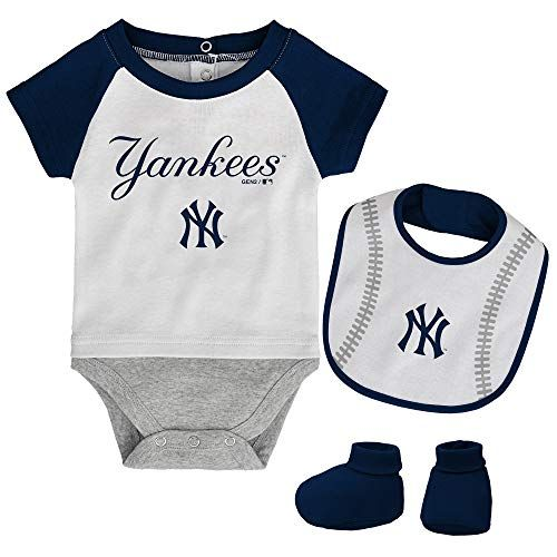 e8d2adab8a1 MLB Newborn Baseball Kid Bodysuit, Bib & Booties Set - White (0/3 Months,  New York Yankees)