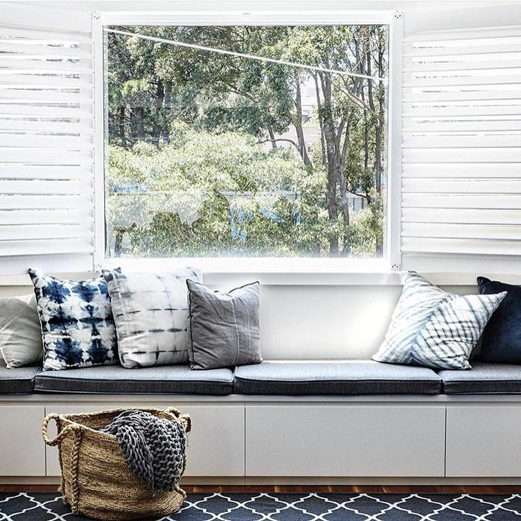 A collection of our @shibori_textiles cushions looking amazing in this picturesque window seat location... We adore these cushions, their hand printed textures are gorgeously unique and add colour and print to the home with ease.... If you have your eye on one be sure to come in-store or shop online as stock is very limited. Image via @homebeautiful with styling by @oliverinteriors 📷 by @suestubbs_ #windowseat #cushions #interiors #beauty #relax #indigo #shibori #roomwithaview #fineliving…