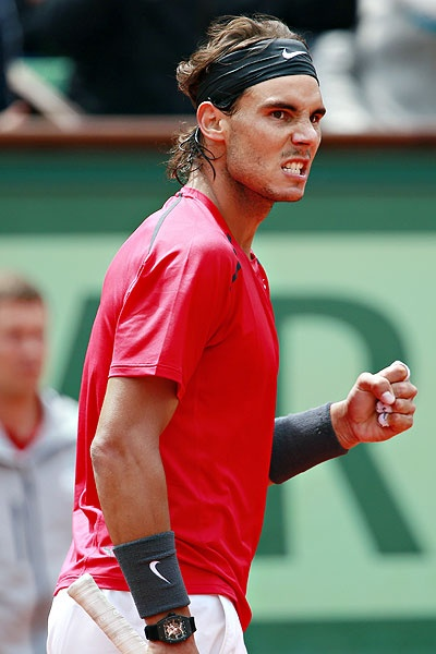 Rafael Nadal defeats Novak Djokovic to claim his 7th Roland Garros title, breaking the men's record for French Open titles he shared with Bjorn Borg.