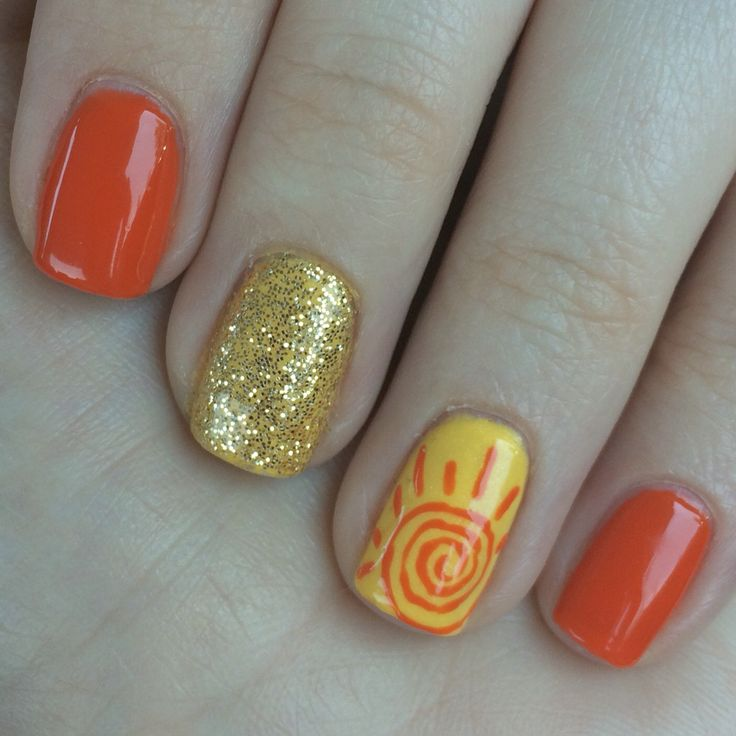 Beach nails. CND shellac. Gel polish. DIY nails. Summer nail design. Sunshine. Sun.