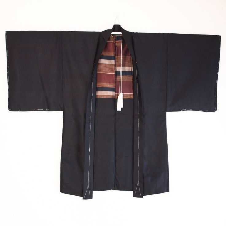 Japanese Haori kimono jacket for men semi formal one crest Black Silk Lakimonoya 94/130 (21.00 EUR) by LaKimonoya