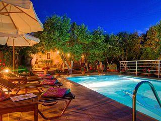 Traditionele+stenen+villa-zwembad-Absolute+Privacy-dagelijkse+schoonmaak++Vakantieverhuur in Rethymno en omgeving van @homeaway! #vacation #rental #travel #homeaway