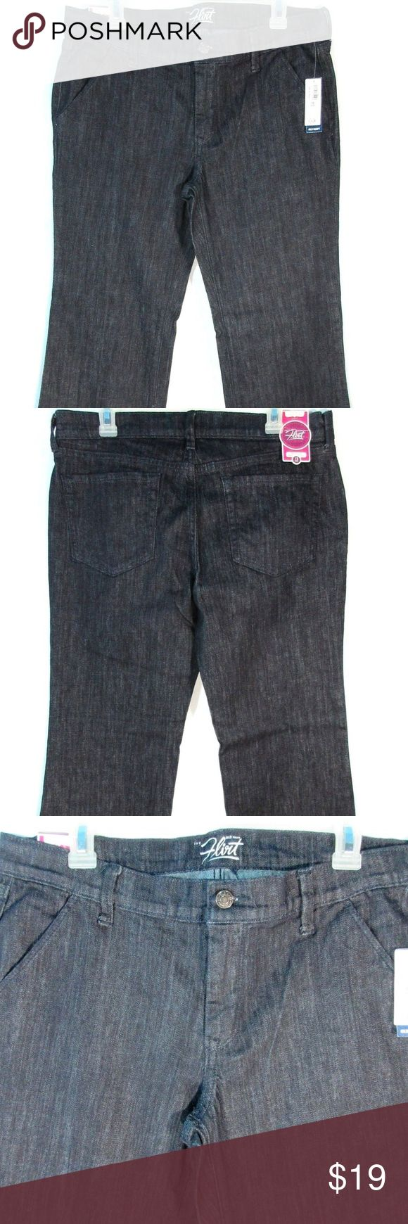 "Old Navy The Flirt Flare Womens Jeans Size 12 NEW Old Navy The Flirt Flare Womens Jeans Size 12 Short Stretch Mid Rise Trouser. New with Tags. **There is small hole on the lower left back leg and a fraying mark on the right lower front leg (no hole) Please see last pics. (D38)  Measurements: Waist 34"" Inseam 28.5"" Outseam 39"" Leg Opening 23"" Front Rise 9.5"" Back Rise 13"" Hips 41"" Old Navy Jeans Flare & Wide Leg"