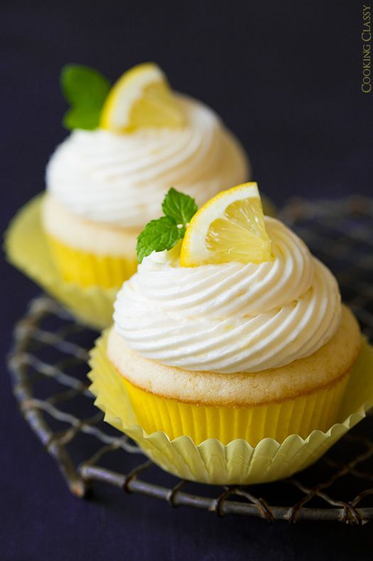 Lemon Cupcakes with Lemon Buttercream Frosting by @cookingclassy