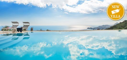 Respiro has a truly stunning panoramic pool and sea view!