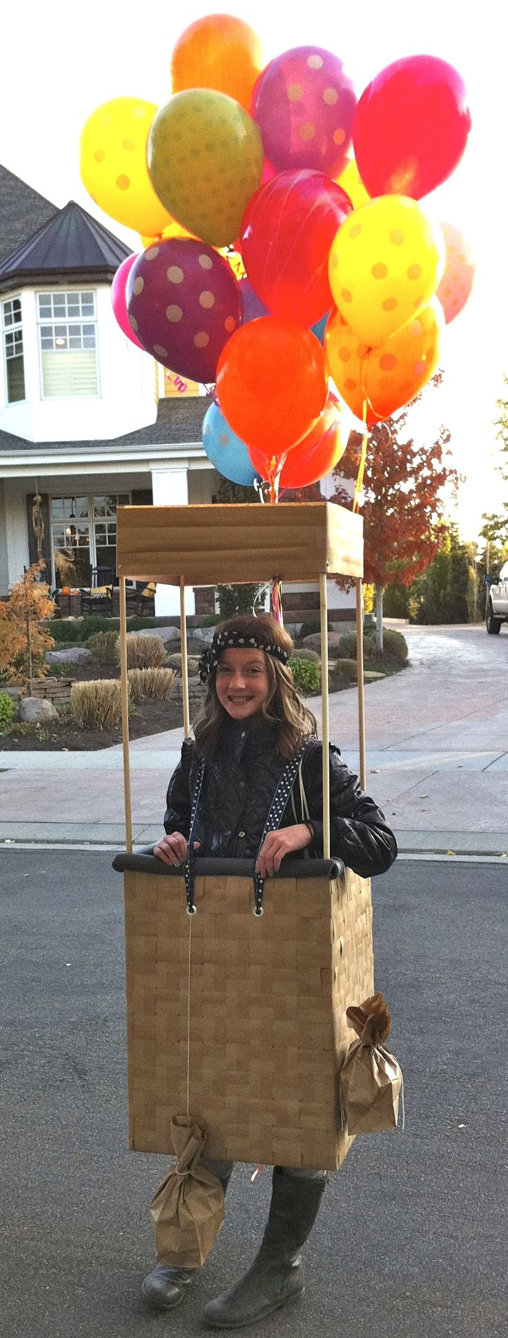 hot air balloon costume our halloween costumes diy. Black Bedroom Furniture Sets. Home Design Ideas