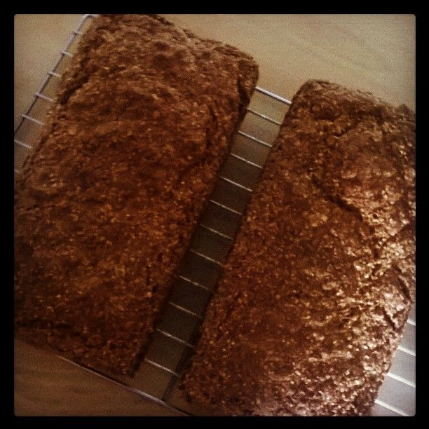 Brown Bread http://simplyhomemadeblog.wordpress.com/2011/05/14/brown-bread/