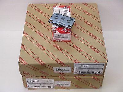 LEXUS OEM FACTORY REAR BRAKE ROTOR AND PAD SET 2010-2013 IS250C / IS350C