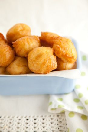 Paula Deen French Fried Potato Balls. Perfect thing to do with left over mashed potatoes.