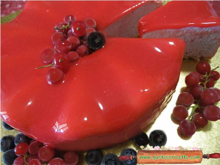 Cheesecake frutti di bosco e glassa a specchio - Gustose ricette di cucina