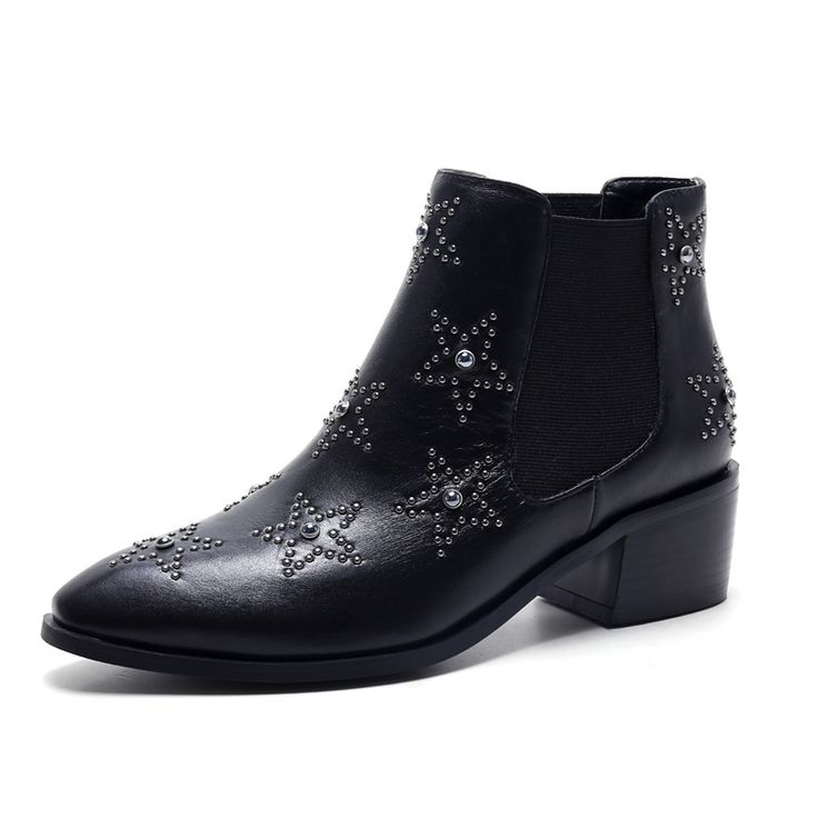 64.13$  Watch here - http://alirwt.worldwells.pw/go.php?t=32704397114 - Pointed Toe low heels 4 cm Ladies shoes woman Rhinestone Grain Leather woman wedding shoes Beautiful ankle boots