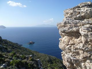 An Octopus in my Ouzo: A Long Walk to the Castle, and an Entertaining Eve...