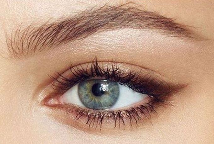 WinNetNews.com - Setiap gadis bermimpi memiliki mata besar dan ekspresif. Dengan saran dan trik dari makeup artis dari seluruh dunia, kamu dapat dengan mudah membuat matamu terlihat lebih menarik dan ekspresif. Dilansir dari Bright side, berikut ini ada beberapa trik dan rahasia yang bisa kamu coba,