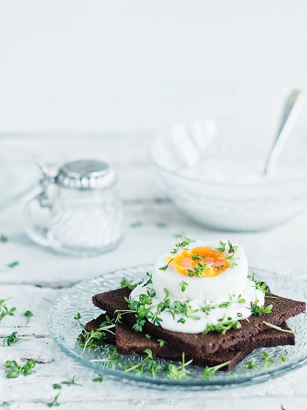 Egg with horseradish cream cheese and watercress on pumpernickel