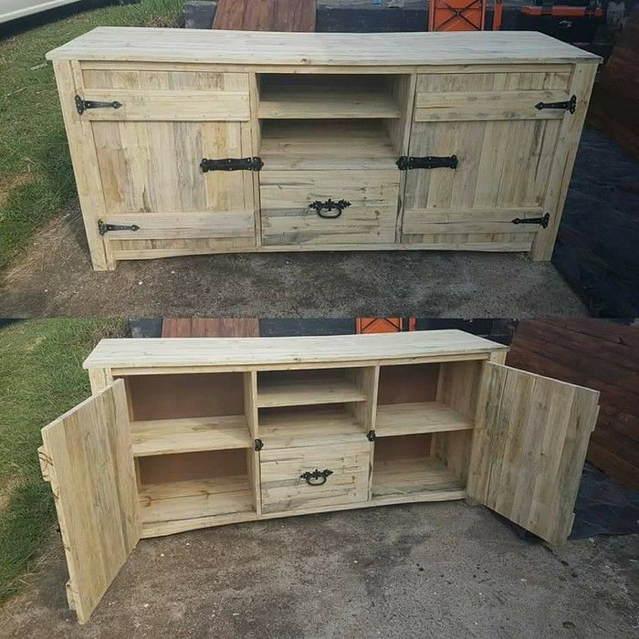 Now a days the television is an essential part of every household. A specific corner or wall needs to   be restricted for the television. In order to make this place attractive, a television table seems to be a great idea. A pallet wood television cabinet table is a fantastic, innovative idea.