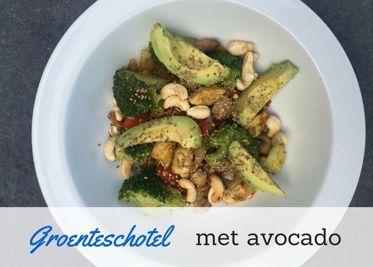 Groente schotel met avocado