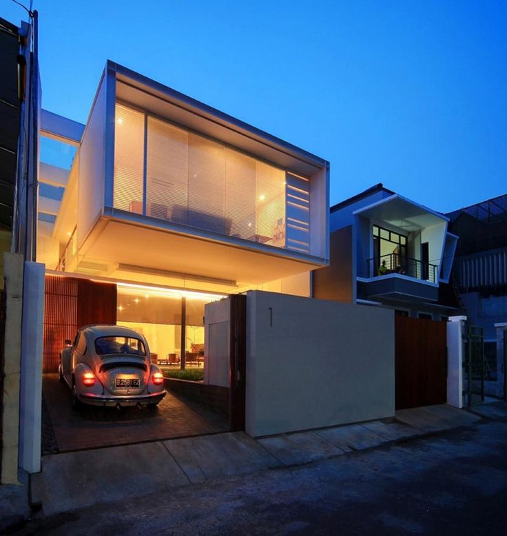 Stunning Urban Small House by Chrystalline Artchitect in Jakarta