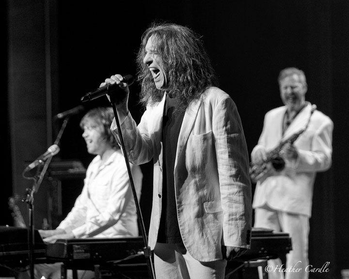 #ChickPicotheDay! (Day 1,970) Took a trip back to a time when my friends and I would throw a #Supertramp #ALBUM on the #recordplayer and trip out to some #ClassicRock. #Dreamer #BreakfastInAmerica #CrimeoftheCentury #EvenInTheQuietestMoments #SandersonCentre #RockBand #IRememberedMostoftheLyrics #TBT #Vinyl #Flashback #coverband #music #BlackandWhite
