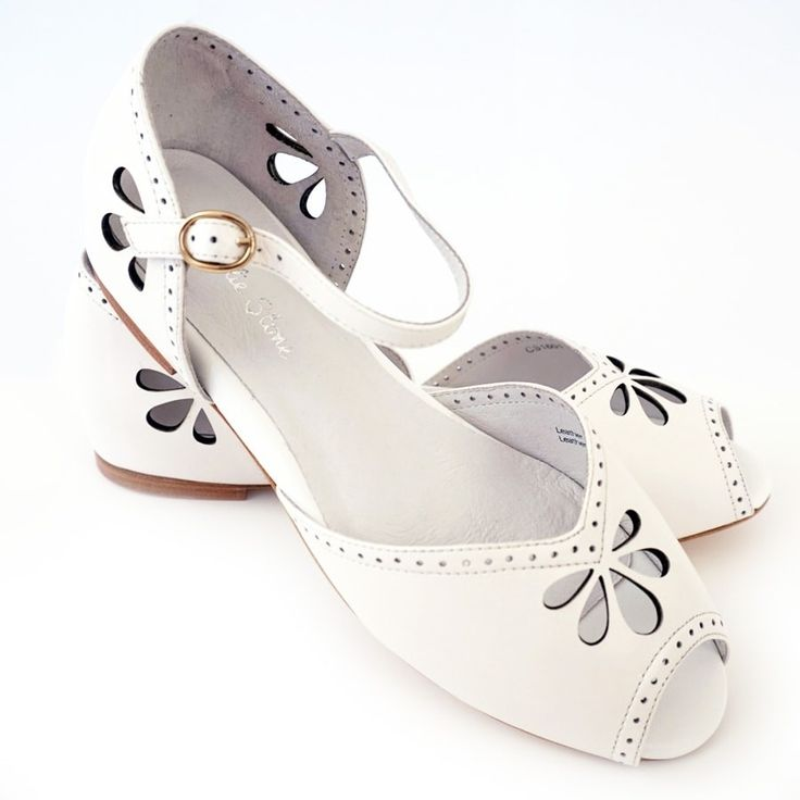 Charlie Stone Marisa Shoes - White