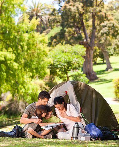 Yes, de zomervakantie staat voor de deur! Ga jij deze zomer lekker kamperen? Neem ruim voor je de tent opzet deze checklist nog even goed door, zodat je niets belangrijks vergeet. Checklist kamperen Uitprinten enafvinken maar! Tent haringen hamer scheerlijnen…