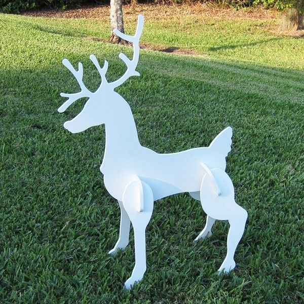 Best 25+ Outdoor Christmas Reindeer Ideas On Pinterest