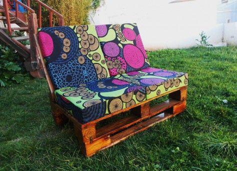 Sill n acolchado reciclado con palets ideas for Sofa exterior reciclado