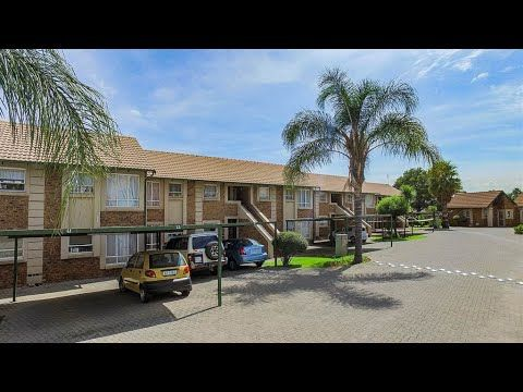 2 Bedroom Townhouse for sale in Gauteng   East Rand   Kempton Park   Gle...