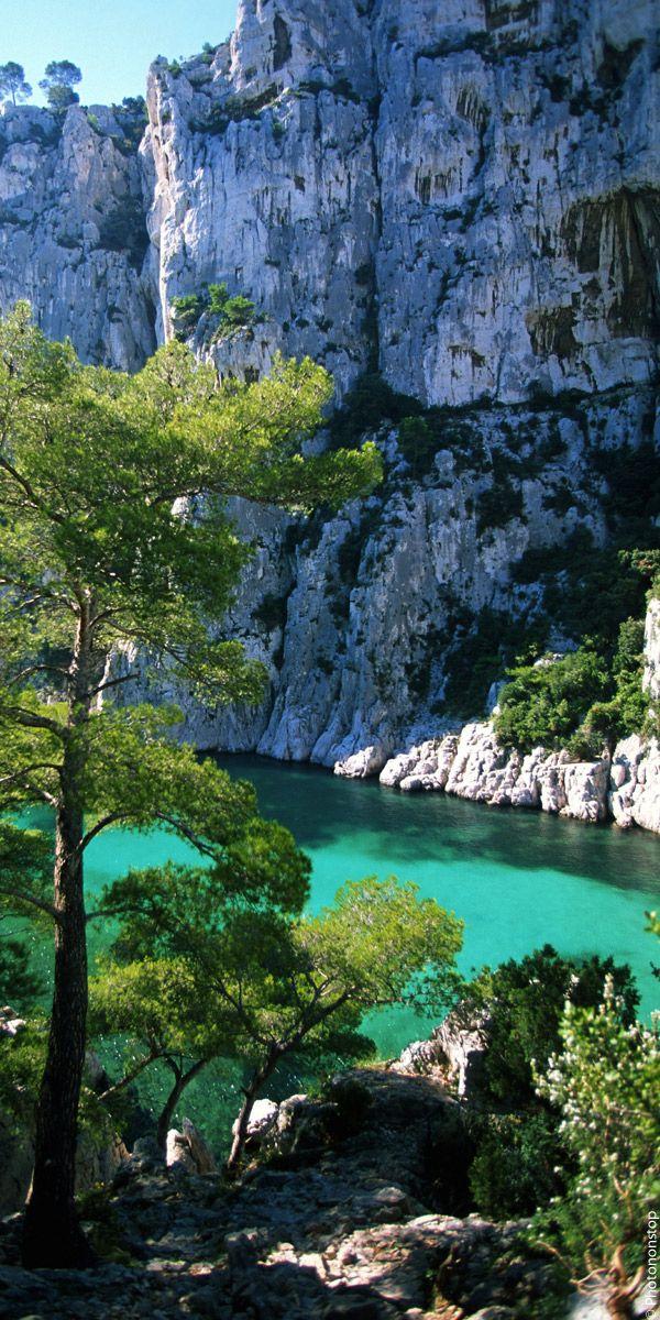 De Marseille � Cassis, d�couvrez la beaut� sauvage des plus belles calanques de France !