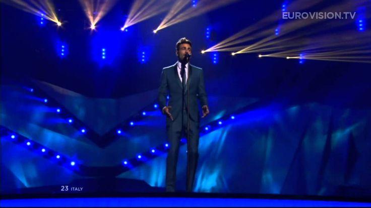 Marco Mengoni - L'Essenziale (Italy) - LIVE - 2013 Grand Final (+playlist)