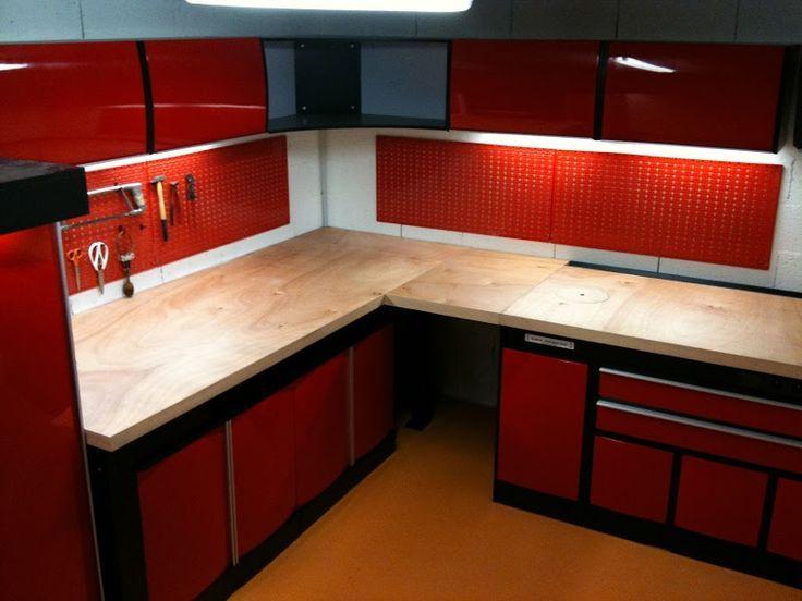 Ensemble Rouge 2 Garage Workshop Layout Garage Workshop Garage Interior