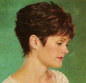 Short Wedge Hairstyles for Women | Short Layered Over 40 Haircut