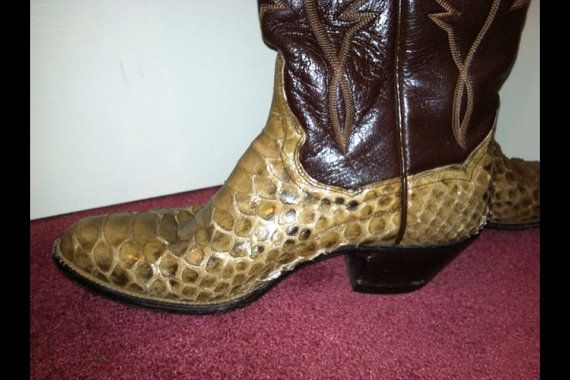 Sale On Western cowboy boots for men or women by lavonsdesigns, $45.99