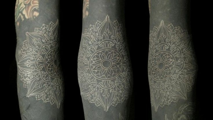 208 best images about tatouages on pinterest 50 mariage and origami - Tatouage hirondelle signification ...