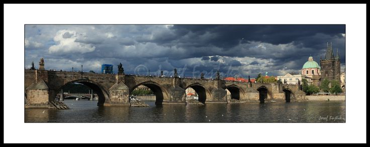 Framed fine art print - Charles Bridge on the Vltava River, Prague, Czech Republic. Photo: Josef Fojtik - www.joseffojtik.com