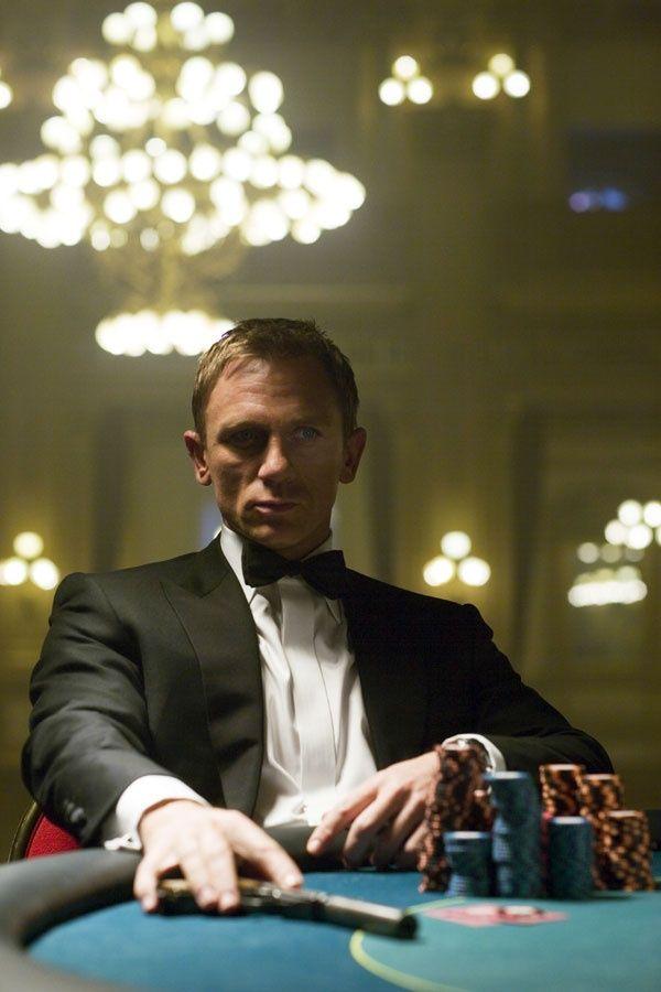 кто играл в казино рояле